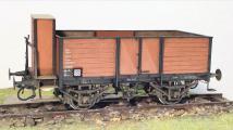 Güterwagen mit Holzaufbau